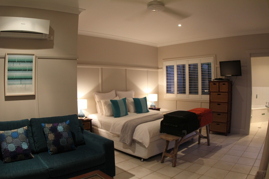 Cavvanbah Beach House Guest Room