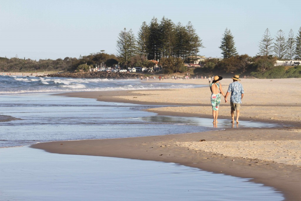 Romantic walk to dinner along the beach from Cavvanbah Beach House