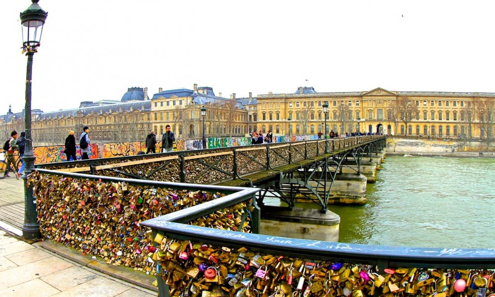 Paris lovelocks, Pont des Arts, Paris, France.