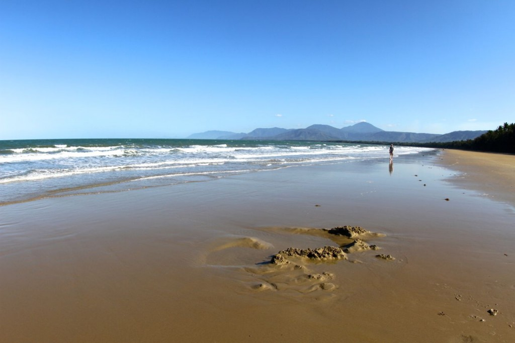 Four Mile Beach, Port Douglas, Queensland, Australia.