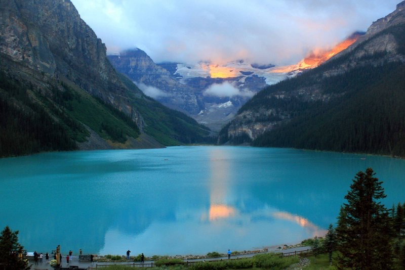 Lake Louise at sunrise, Lake Louise, Canada.