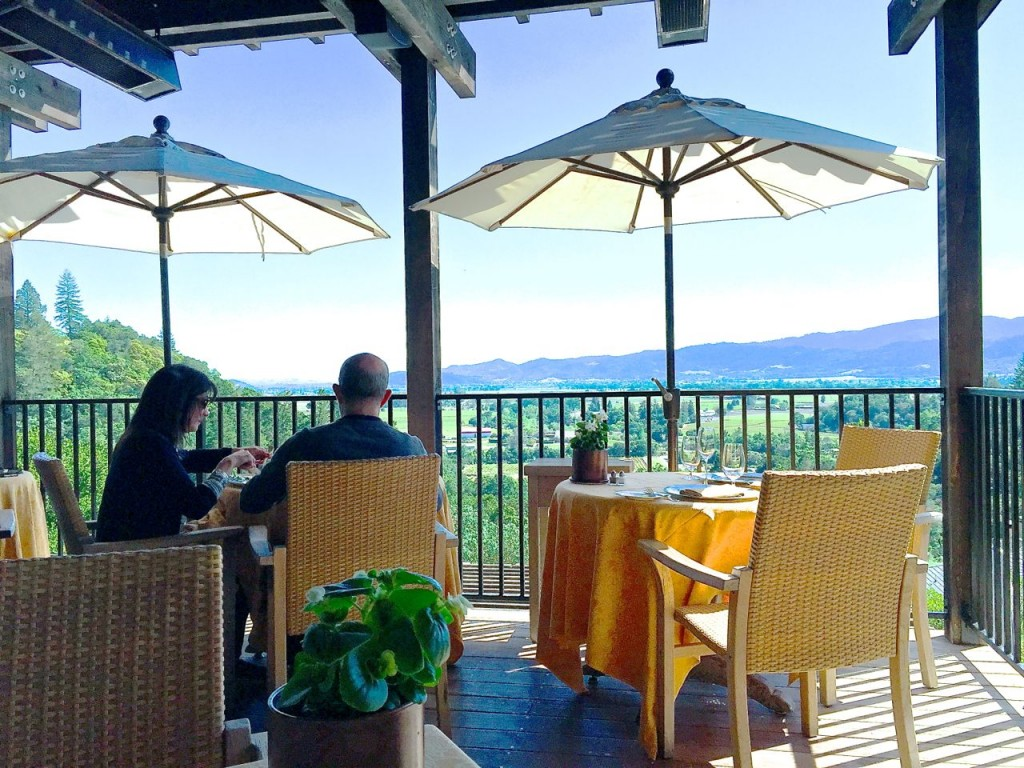 Dining on the Terrace, Auberge du Soleil, Napa, California, USA.